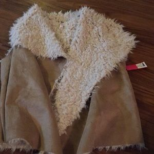 Suede fur line vest